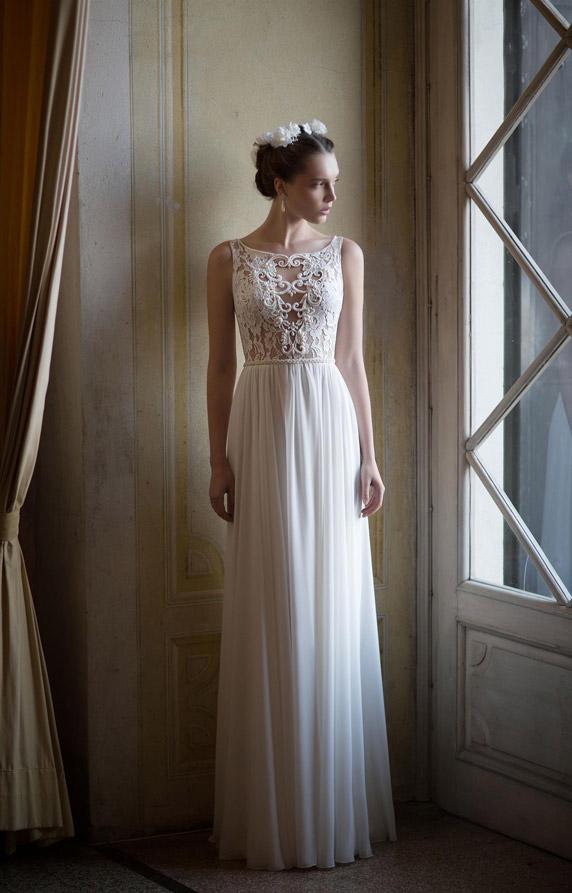 שמלה יפהפיה בסגנון וינטג' של אלון ליבנה, ממעצבי שמלות הכלה המובילים בארץ. צילום: דודי חסון. איפור ושיער: מיקי בוגנים